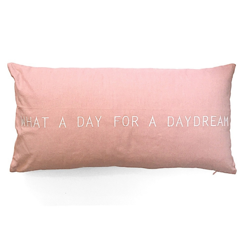 Coussin Rectangulaire Rose - What a day for a daydream - Räder - Boutique Les inutiles