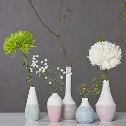 Petits Vases Blanc en porcelaine mate par Räder - Soliflores blancs et pastel - Les inutiles