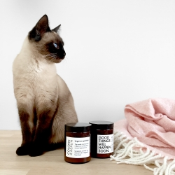 bougie aromatique à la cire de soja et aux huiles essentielles - bergamot x patchouli - boutique les inutiles