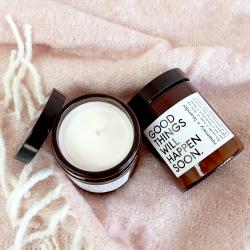bougie aromatique à la cire de soja et aux huiles essentielles - peppermint x almond - boutique les inutiles