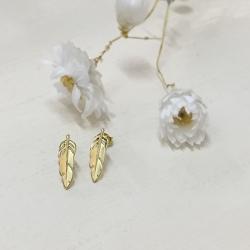 Petites boucles d'oreilles or - métal doré sans allergène - Puces bohème et romantique - Les inutiles