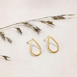 Petites Boucles Pluie - Puce Gouttes dorées simples - Boucles d'oreilles discrètes - Les inutiles