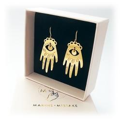 Boucles d'oreilles oeil divin et main protectrice • Luckyhand Marine Mistake bijoux Khamsa talisman • Boutique Les inutiles