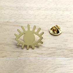 Pin's Oeil protecteur • Broche Yeux • Bijoux Marine Mistake • Concept Store en Ligne et idées cadeaux Les inutiles
