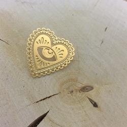 Pin's Milagro Bijoux Marine Mistake • Broche Coeur Sacré et Oeil Divin • Cadeau Saint Valentin • Boutique Les inutiles
