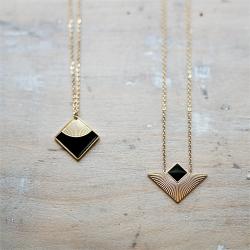 Collection de pendentifs noirs et or • Bijoux de créateurs tendance et élégants • Boutique Les inutiles à Loches (37600)