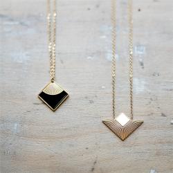 Bijoux fantaisie de qualité • Pendentif géométrique original doré à l'or fin • Bijou de créateur Boutique Cadeaux Les inutiles