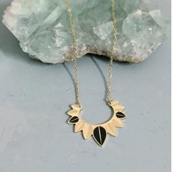 Collier Plumes Or & Noir • Bijoux style bohème, ethnique & nature • Idées cadeaux et bijouterie à Loches • Boutique Les inutiles