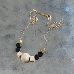 idées cadeaux à Loches bijouterie créateurs • Bijoux Titlee dorés à l'or fin et perles de boit • eshop Les inutiles