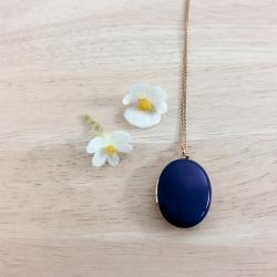 Médaillon qui s'ouvre, pendentif porte photo, bijou à souvenir, collier bleu marine, cadeau mariage naissance deuil