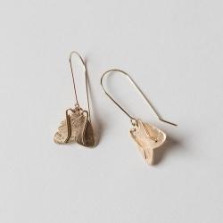 Idées cadeaux Loches boutique de créateurs Les inutiles • Boucles d'oreilles papillon de nuit doré à l'or fin et fait main