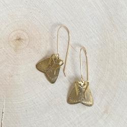 Boucles d'oreilles Alexandria longues papillon de nuit • Moth earrings • hand made Bijoux entomologique phalène