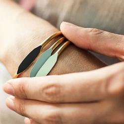 Bracelets Garnett Jewelry - sobre et coloré